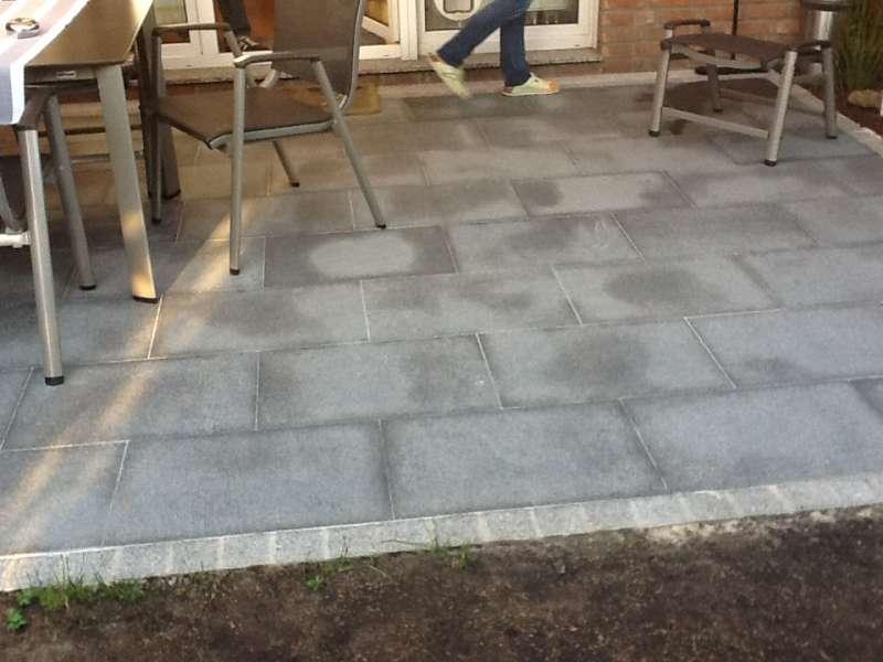 Bau De Forum Balkon Und Terrasse 12040 Feuchte Flecken Granit